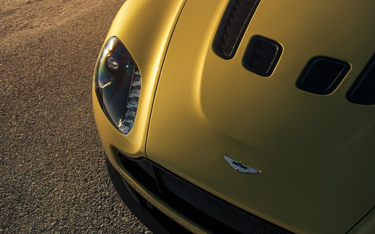 Aston-Martin-01
