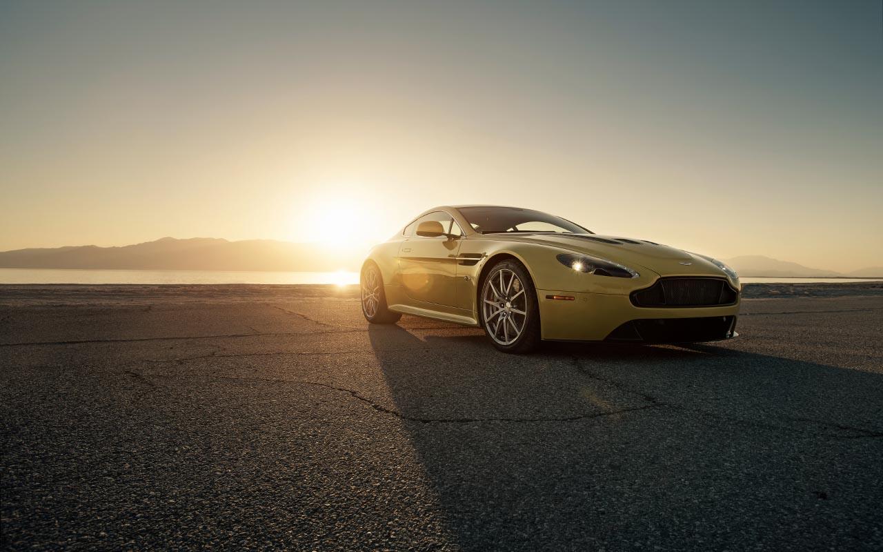 Aston-Martin-03