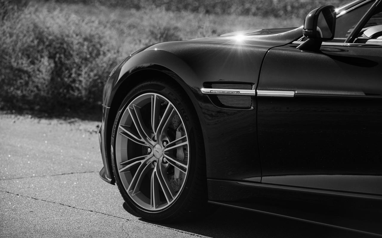 Aston-Martin-10