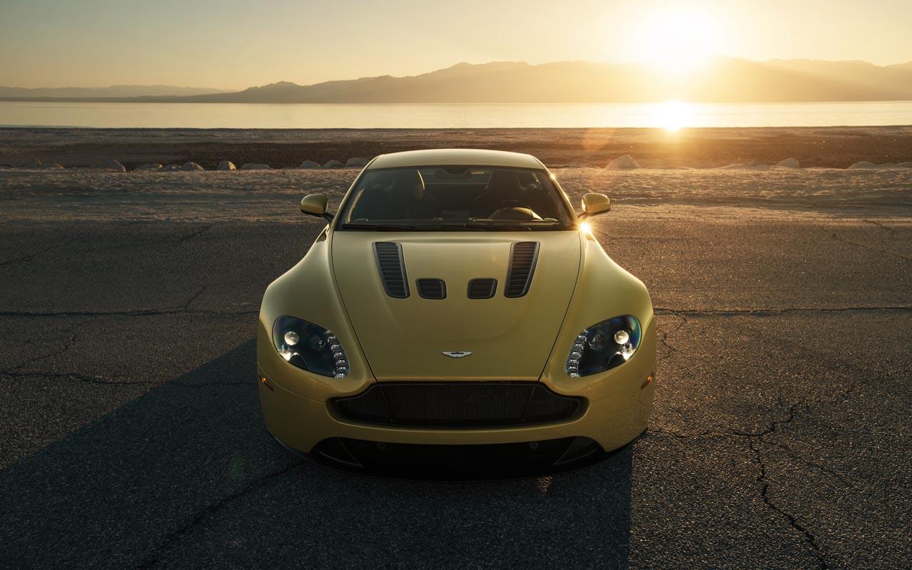 Aston-Martin-04